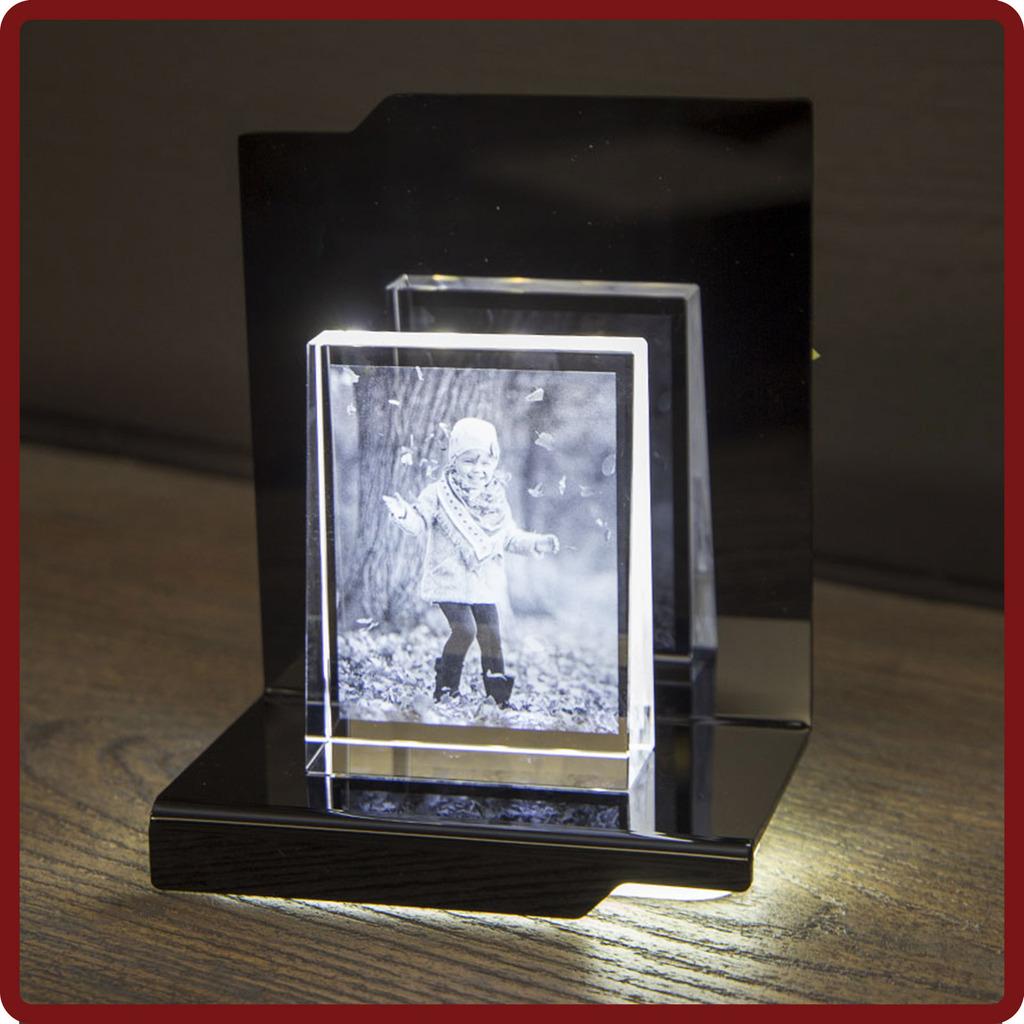 Looxis Prisma M mit Sockel bei photoimaging