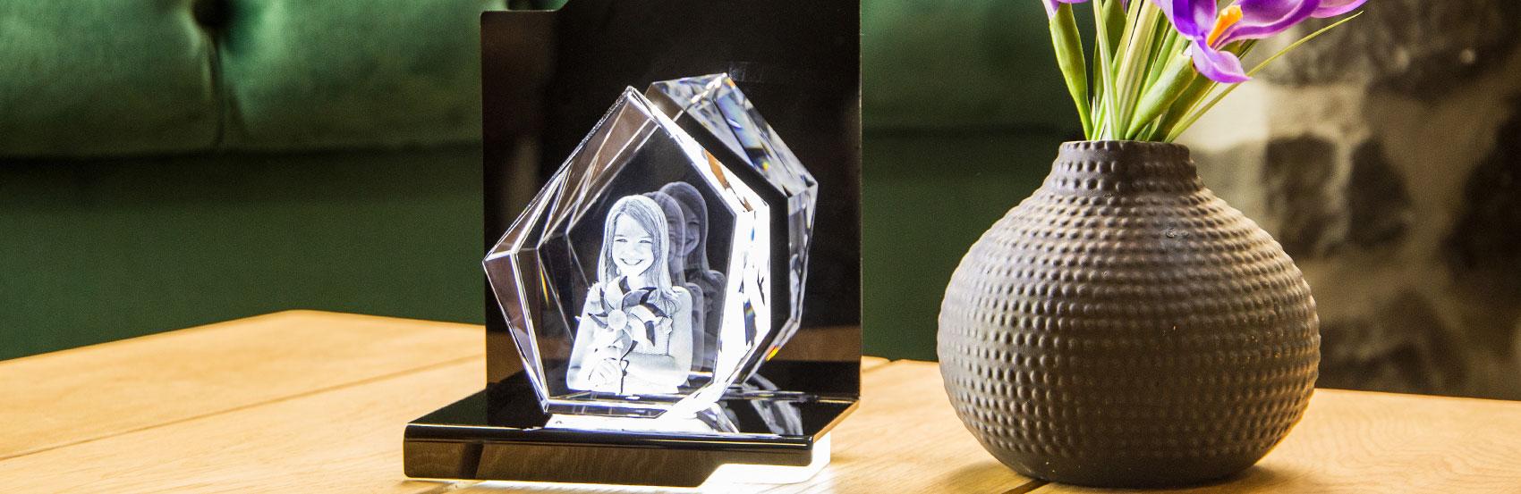 Looxis 3d Glasbild auf sockel bei photoimaging